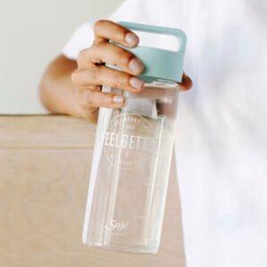 🎀3/$30 New Saje Feel Better Glass Water Bottle